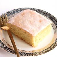 Luftig leichter Zitronenkuchen mit Brausepulver